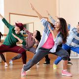 Sportmotivation: Gruppe beim Tanzen