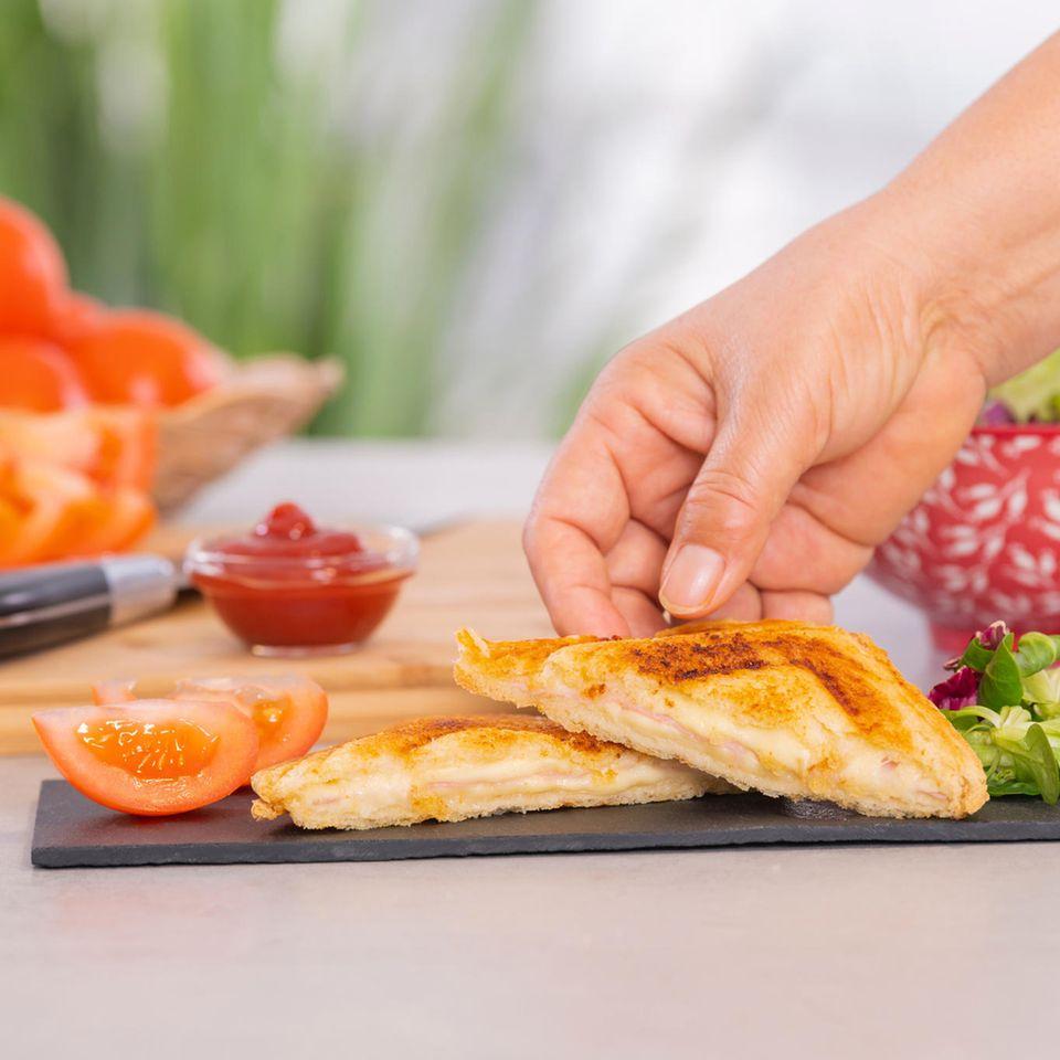 Sandwichmaker: 3 Geräte im Praxis-Test, Käsetoast