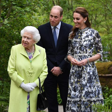 Queen Elizabeth, Prinz William und Herzogin Catherine