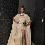 Wow, diese Robe von Motsi macht sprachlos: Im champagnerfarbenen Glitzer-Ensemble ist sie eine Glamour-Göttin.