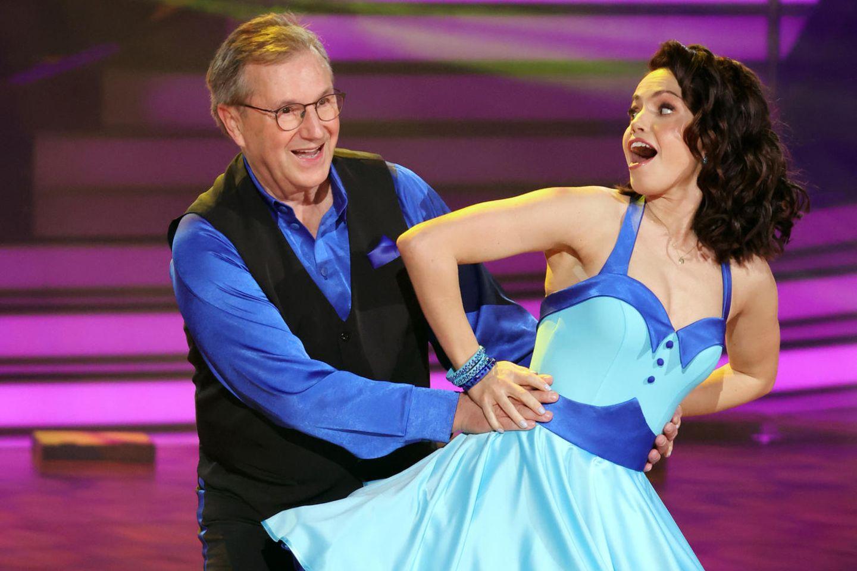 """Jan Hofer und Christina Luft in der ersten Show von """"Let's Dance""""."""