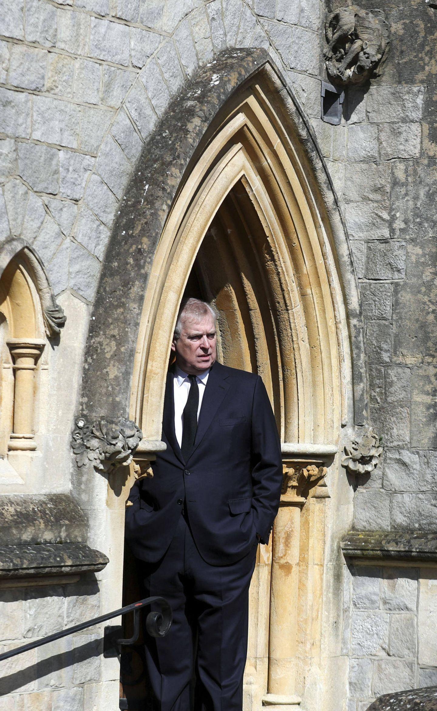 Zum Gottesdienst in derGrafschaft Berkshire kommt auch Prinz Andrew. Es ist das erste Mal seit dem Tod seines VatersPrinz Philip, dass sich der 61-Jährige in der Öffentlichkeit zeigt.