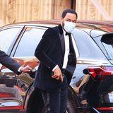 Mal was anderes: Chiwetel Ejiofor hat sich für seinen Auftritt als BAFTA-Presenter für einen schwarz-blauen Samt-Anzug entscheiden.