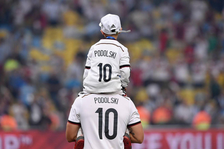 Lukas Podolski mit Sohn Louis bei der WM 2014