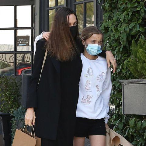 Aus dem kleinen Sprössling ist eine große selbstbewusste junge Dame geworden, die ihrer großen Schwester Shiloh Jolie-Pitt immer ähnlicher wird.