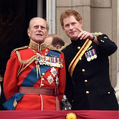 Prinz Philip und Prinz Harry, Uropa und Enkel.