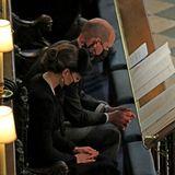 Im Gebet versunken: Herzogin Catherine und Prinz William
