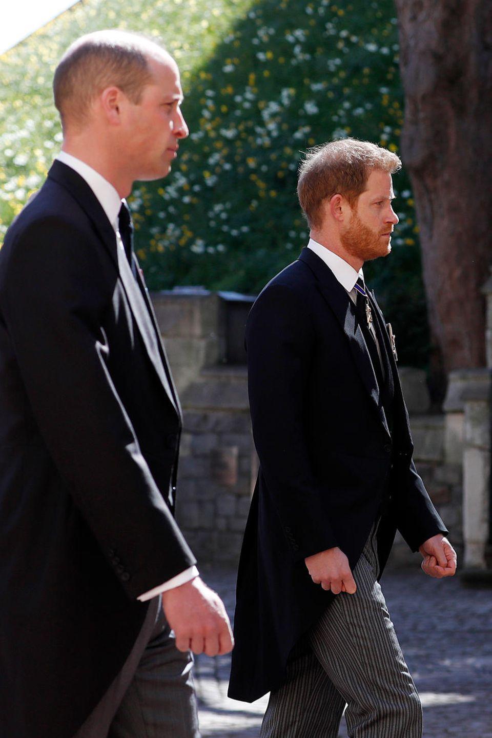 Prinz William und Prinz Harry bei der Trauerfeier am 17. April 2021.