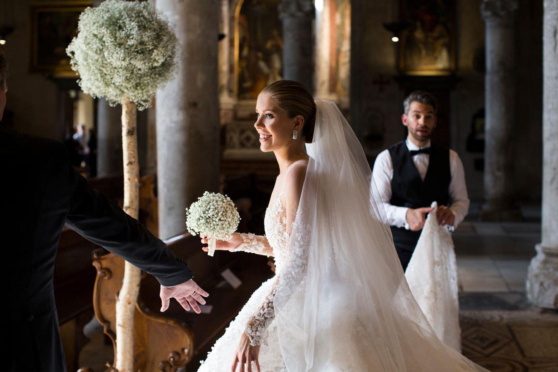 Wir sagen Ja!: Welche Frisur passt zu welchem Hochzeitskleid? Ein Experte klärt auf