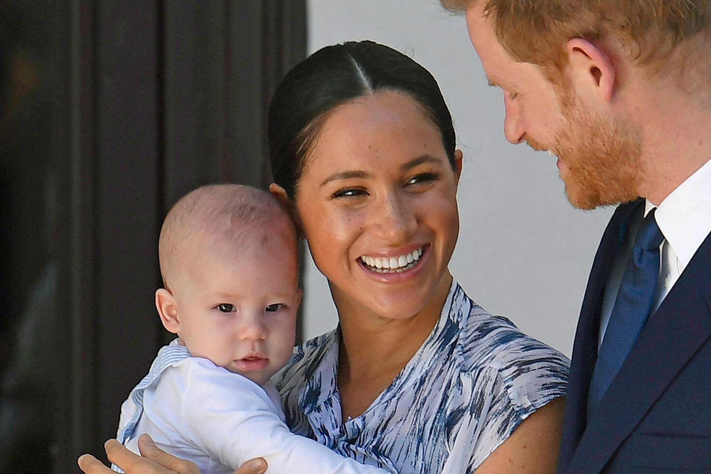 Herzogin Meghan und Prinz Harry mit ihrem Sohn Archie Mountbatten-Windsor