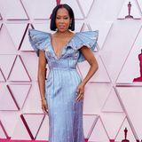 Regina King in Louis Vuitton. Wie aufregend können Schulterpolster sein?