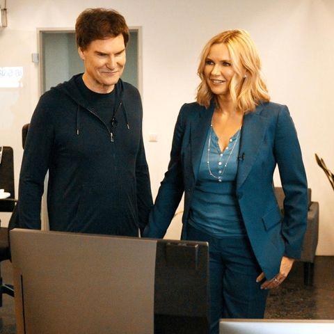 """Carsten Maschmeyer und Veronica Ferres mit den Gründern von """"Presize""""bei """"Die Höhle der Löwen"""""""