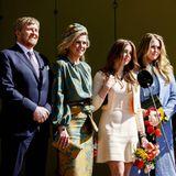 Auch im Campus-Gebäude selbst müssen sich die Niederlande-Royals erneut für Fotos positionieren. Reine Routine für die Medien-Profis – und so kann es schnell mit dem nächsten Punkt der Tagesordnung am Königstag weitergehen.