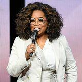 """Es dauerte Jahrzehnte bis Oprah Winfrey Frieden mit ihrer Vergangenheit schliessen konnte. Zusammen mit Dr. Bruce Perry hat die Moderatorin und Schauspielerin ein Buch mit dem Titel """"What happened to you? verfasst, um anderen Betroffenen zu helfen und zu heilen und zu fragen: Was ist mit dir passiert?"""