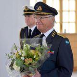 30. April 2021  König Carl Gustaf feiert seinen 75. Geburtstag im königlichen Schloss in Stockholm. Mit einem bunten Blumengruß gratuliert unter anderem auch das Militär auf dem Schlossgelände.