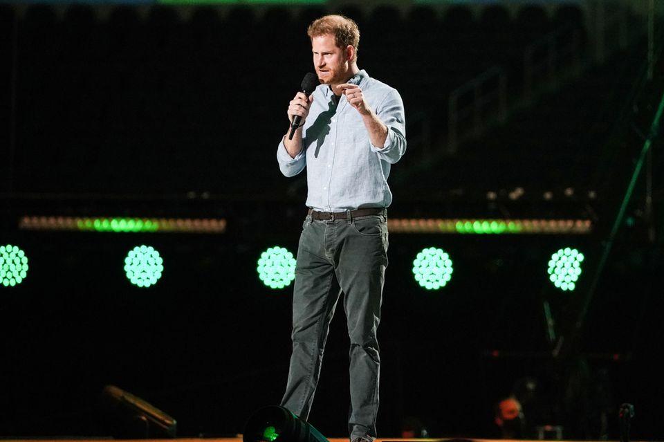 Körpersprache-Expertin analysiert Prinz Harrys Auftritt
