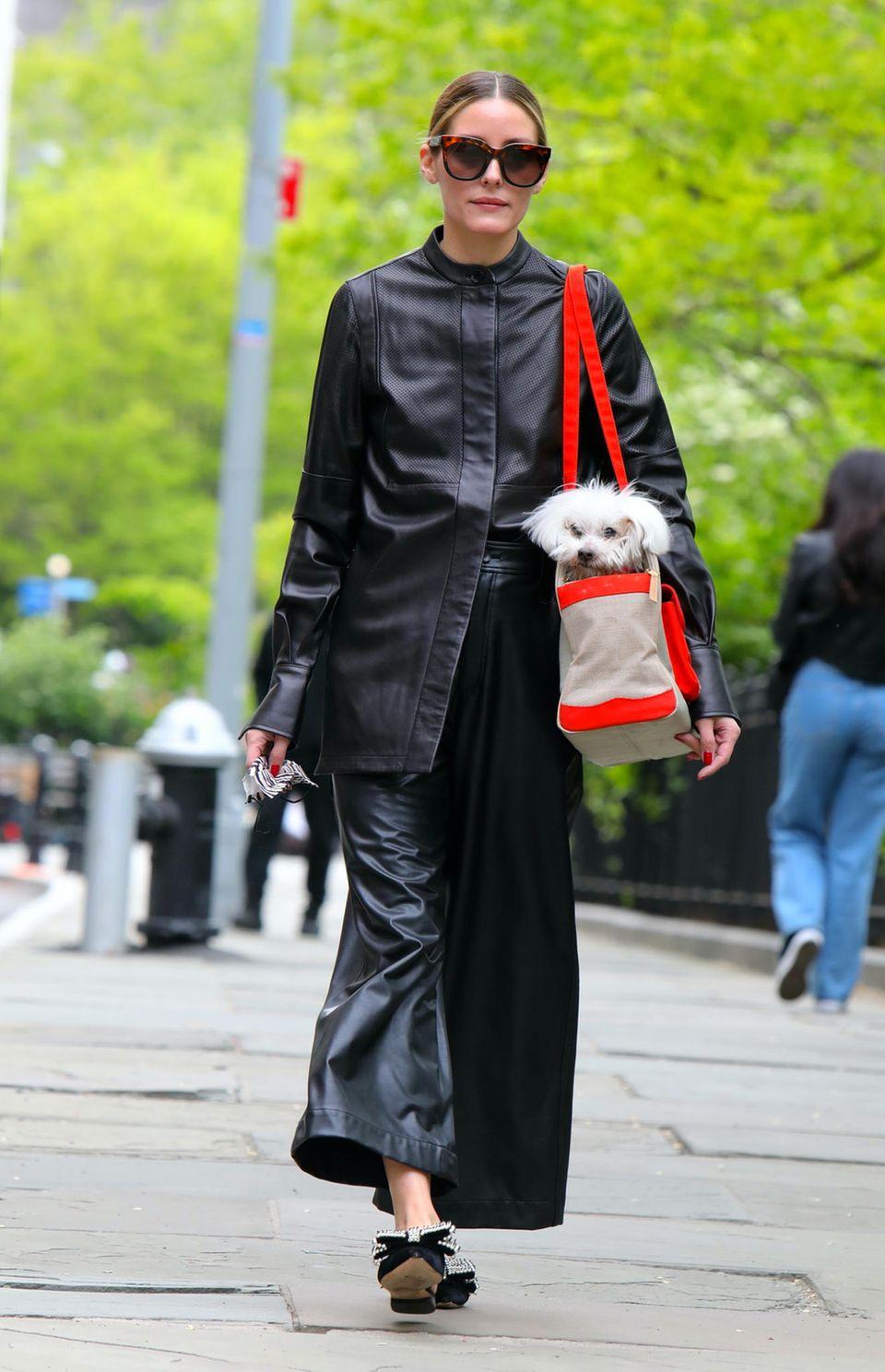 Olivia Palermo auf den Straßen Brooklyns.