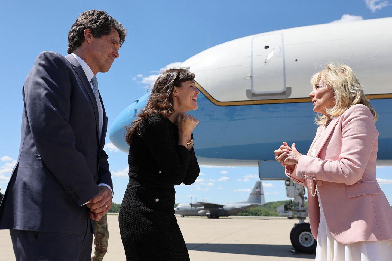 """""""Save the Children""""-Präsident Mark Shriver mit Jennifer Garner und First Lady Dr. Jill Biden in Charleston, West Virginia"""