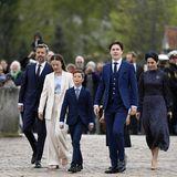 Welch ein besonderer Tag für Prinz Christian! Am Samstag, den 15. Mai 2021 wird der dänische Royal konfirmiert. Auf dem Weg in die Kirche von Schloss Fredensborg begleiten ihn seine Eltern, Prinz Frederik und Prinzessin Mary, sowie seine Geschwister, Prinzessin Isabella, Prinz Vincent und Prinzessin Josephine.