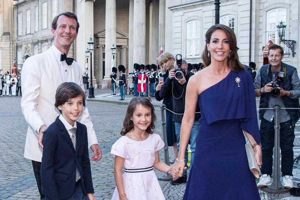 Prinz Joachim mit Prinz Henrik, Prinzessin Anthea und Prinzessin Marie im Juni 2019.