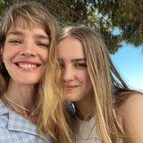 Heute ist Tochter Neva schon 15 – das Strahlen und die markanten Augenbrauen hat sie auf jeden Fall von ihrer Mama Natalia geerbt.