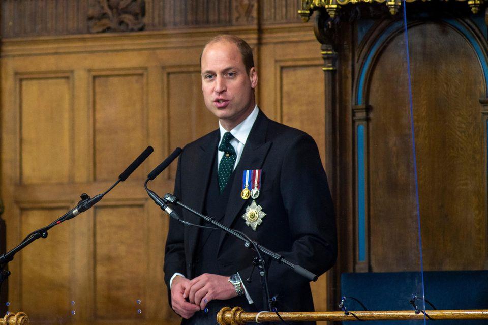 Prinz William spricht am 22. Mai 2021 in Edinburgh.