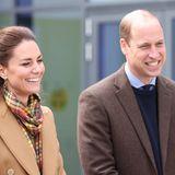"""25. Mai 2021  Bei 10 Grad und Sonnenschein werden Herzogin Catherine und Prinz William auf der schottischen Orkney Insel Kirkwall empfangen und freuen sich darauf, am fünften Tag ihrer Schottlandreise das """"Balfour Hospital"""" zu eröffnen."""
