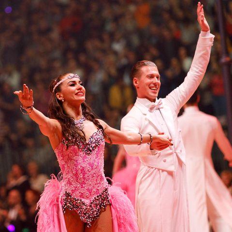 """Let's Dance""-Profis Renata und Valentin Lusin"