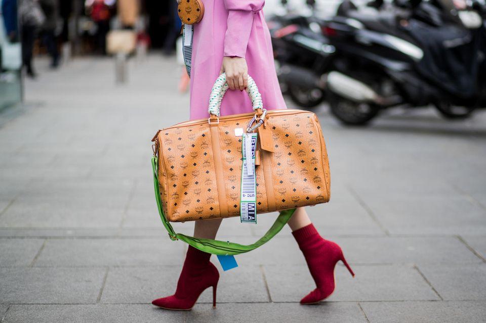 """WOW! – der neue Mode-Podcast: Fashion-Insider verrät: """"Logomania wird bleiben!"""""""
