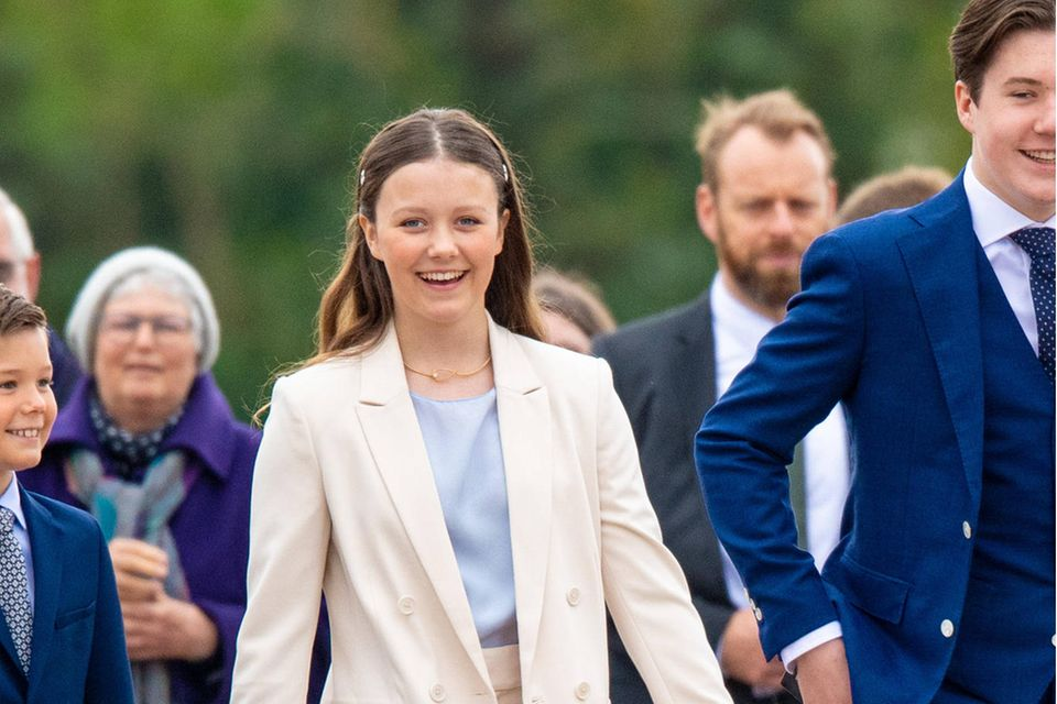 Wird Prinzessin Isabella eines Tages ihr Weg in die Unabhängigkeit vom Königshaus gelingen?