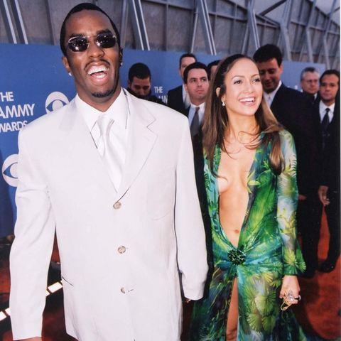 Sean Combs und Jennifer Lopez bei ihrem legendären Auftritt bei der Verleihung der Grammys 2000.