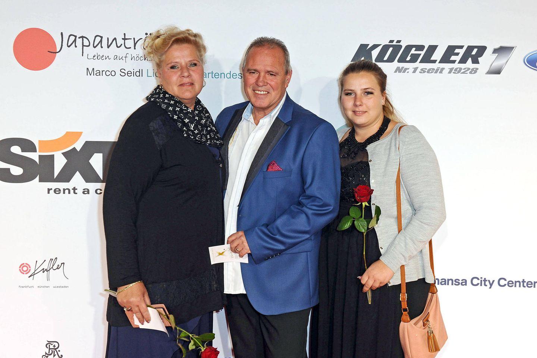 Silvia Wollny, Harald Eisenbast und Sarafina Wollny (v.l.n.r.)