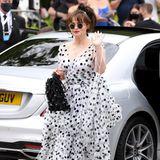 """""""The Crown""""-Star Helena Bonham Carter macht mit ihrem Polka-Dot-Dress in Schwarz-Weiß von Dolce & Gabbana ein Punktlandung bei den BAFTAs."""