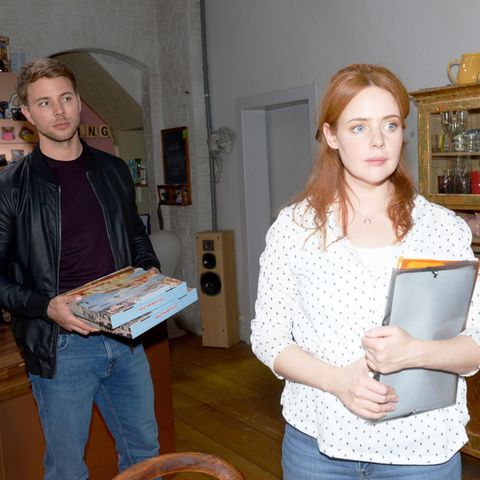 Bastian (Benjamin Trinks), Toni (Olivia Marei)