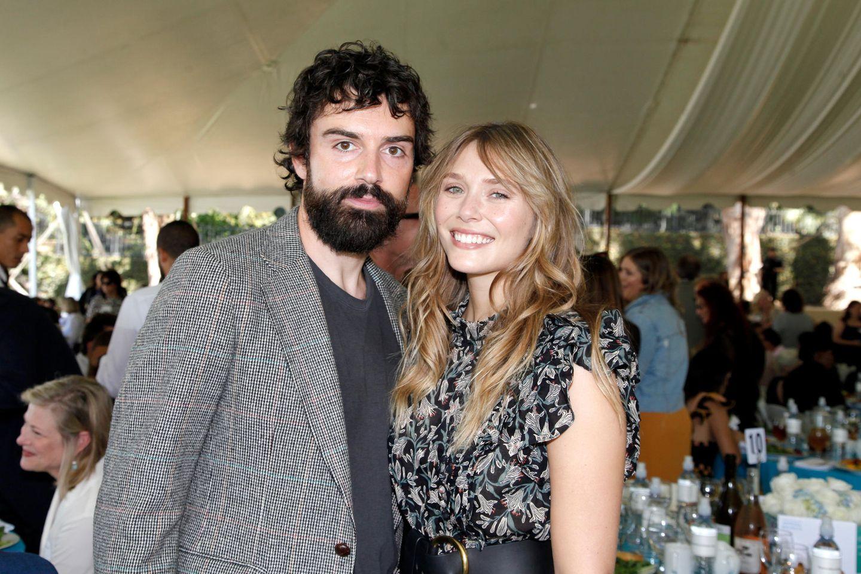 Robbie Arnett und Elizabeth Olsen