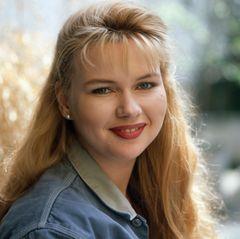 Als Schauspielerin macht sich Veronica Ferres schon vor einigen Jahrzehnten einen Namen. Anfang der 80er-Jahre flimmerte die Blondine bereits über die TV-Bildschirme.