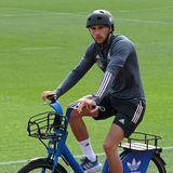 Auch Leon Goretzka will den Europameisterschaftstitel mit seiner Mannschaft holen. Hierfür trainiert er fleißig auf dem Sport Campus in Bayern.