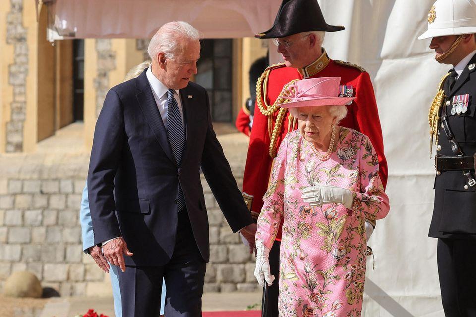 Joe Biden und Queen Elizabeth