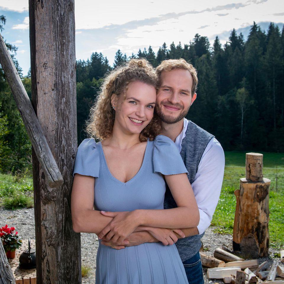 """Das Traumpaar der 17. Staffel """"Sturm der Liebe"""": Maja von Thalheim (Christina Arends) und Florian Vogt (Arne Löber)"""