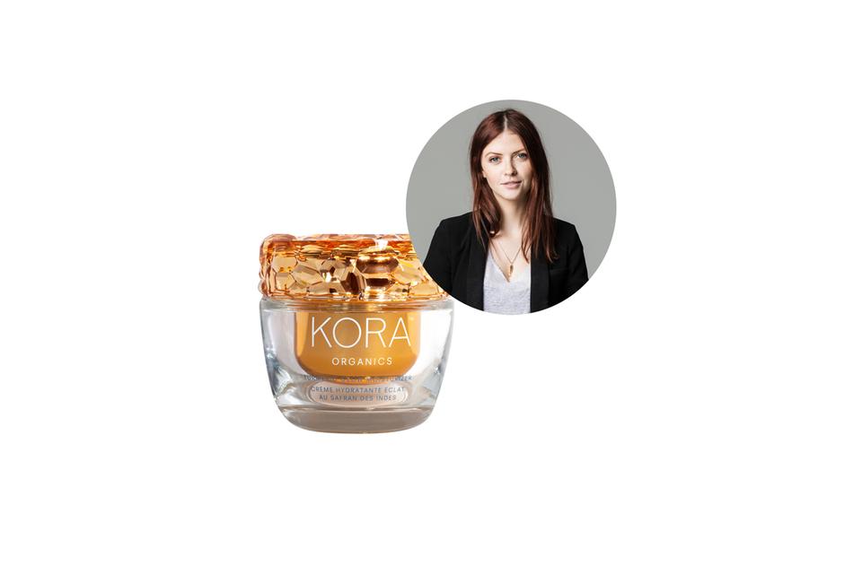 Sorgt für Luxus-und Spa-Feeling im Badezimmer: der Turmeric Glow Moisturizer von Kora Organics.