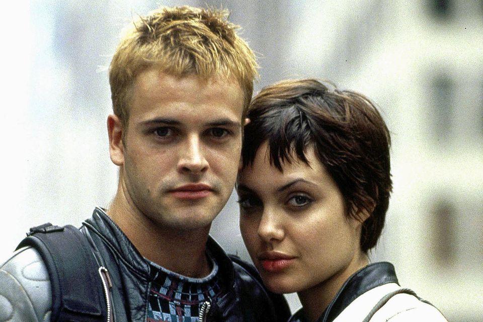 """Jonny Lee Miller und Angelina Jolie in dem Film """"Hackers - Im Netz des FBI"""" (1995)"""