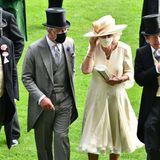 16. Juni 2021  Auch am zweiten Tag lassen sich Prinz Charles und Herzogin Camilla das beliebte Pferderennen, das nicht weit von Schloss Windsor veranstaltet wird, nicht entgehen. Elegant schreitet der britische Thronfolger mit seiner Gattin über den englischen Rasen.
