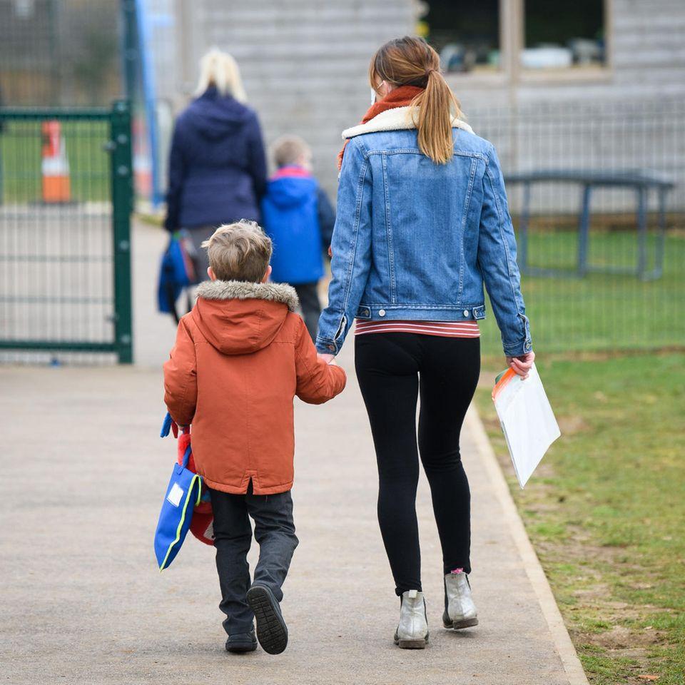 Coming-out: Wie können Eltern ihre Kinder unterstützen?