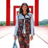 Zweiteiler in coolen farbenfrohen Prints lassen die Herzen der Fashionistas diese Saison höher schlagen.