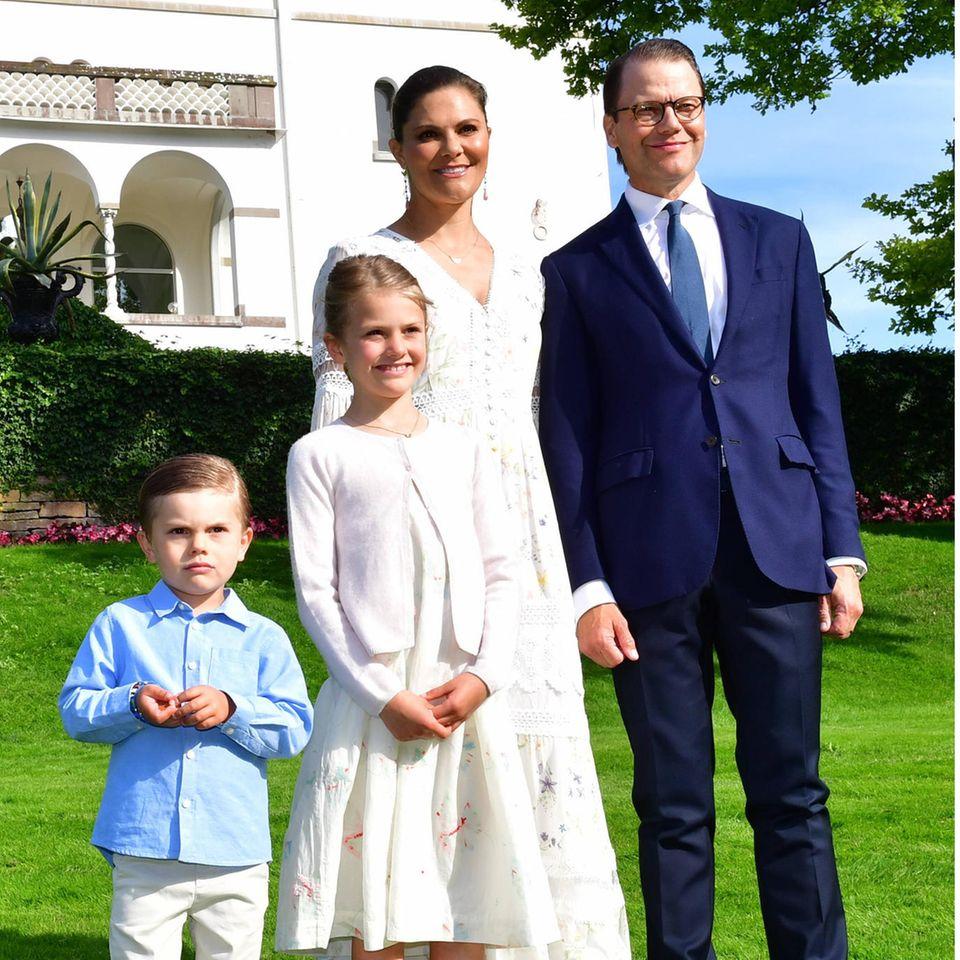 Prinz Oscar, Prinzessin Estelle, Prinzessin Victoria und Prinz Daniel