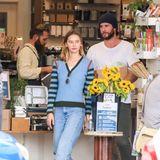 Stars im Supermarkt: Lian Hemsworth mit Freundin
