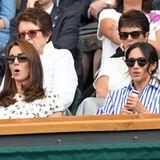 Viel haben Herzogin Catherine und Herzogin Meghan nicht gemeinsam, doch die Leidenschaft für Tennis verbindet die Schwägerinnen. 2018 absolvierten sie in Wimbledonihren ersten gemeinsamen Auftritt ohne Ehemänner, um Meghans gute Freundin Serena Williams im Finale anzufeuern.