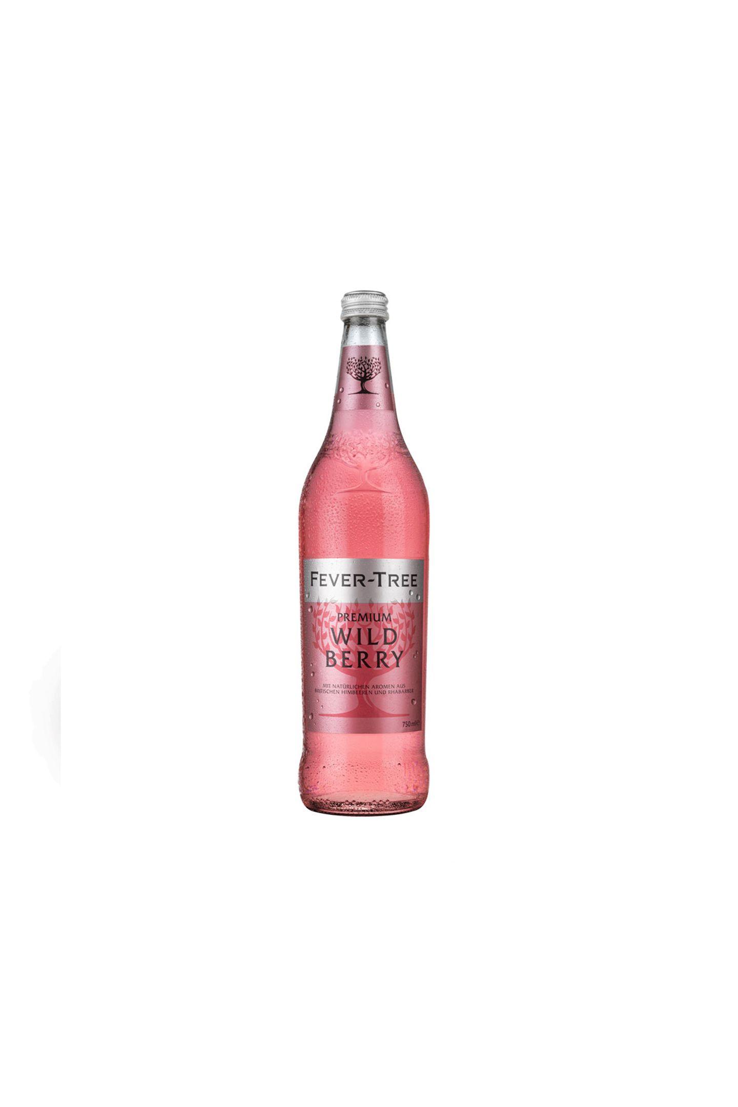 """Sidekick des SommersOb mit Gin, Lillet, gekühlten Himbeeren oder solo: Derfruchtig-spritzige Tonic bereichert jedes Getränk. """"Wild Berry"""" von Fever Tree, ca. 4 Euro (0,75 l)"""