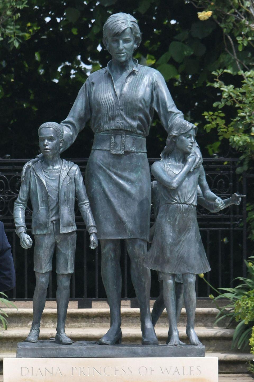 Die neue Statue von Prinzessin Diana.
