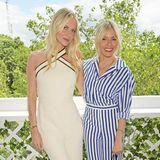 Poppy Delevingne und Sienna Miller stehen nebeneinander und posieren für die Kameras.